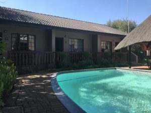 Diamond Rose Guesthouse Pool - Middelburg Bed and Breakfast BNB