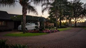 Diamond Rose Guest House - Peaceful Garden at Sunrise