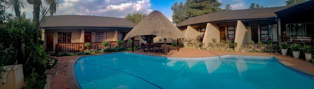 Diamond Rose Guest House - Middelburg Accommodation - Swimming Pool